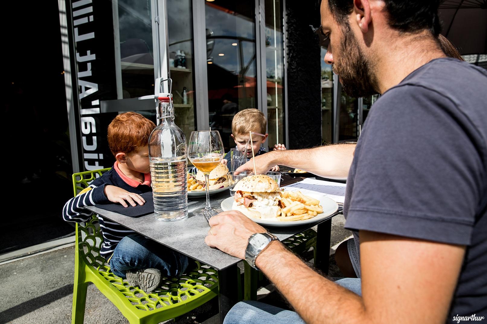 restaurant - Vertical'Art lille - salle d'escalade - restaurant - bar - inauguration - journée portes ouvertes