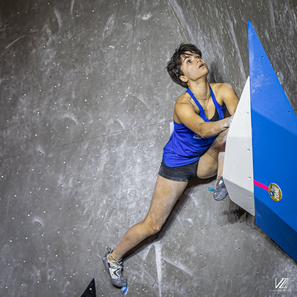 Le run d'anthologie d'Oriane Bertone dans le troisième bloc de la finale de la Coupe du monde de bloc, à Meiringen