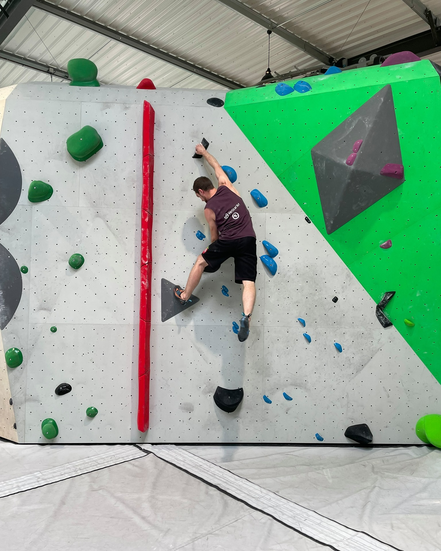 Soirée Free Climbing ce mercredi 25 août à Vertical'Art Lille, soirée tapas et happy hour